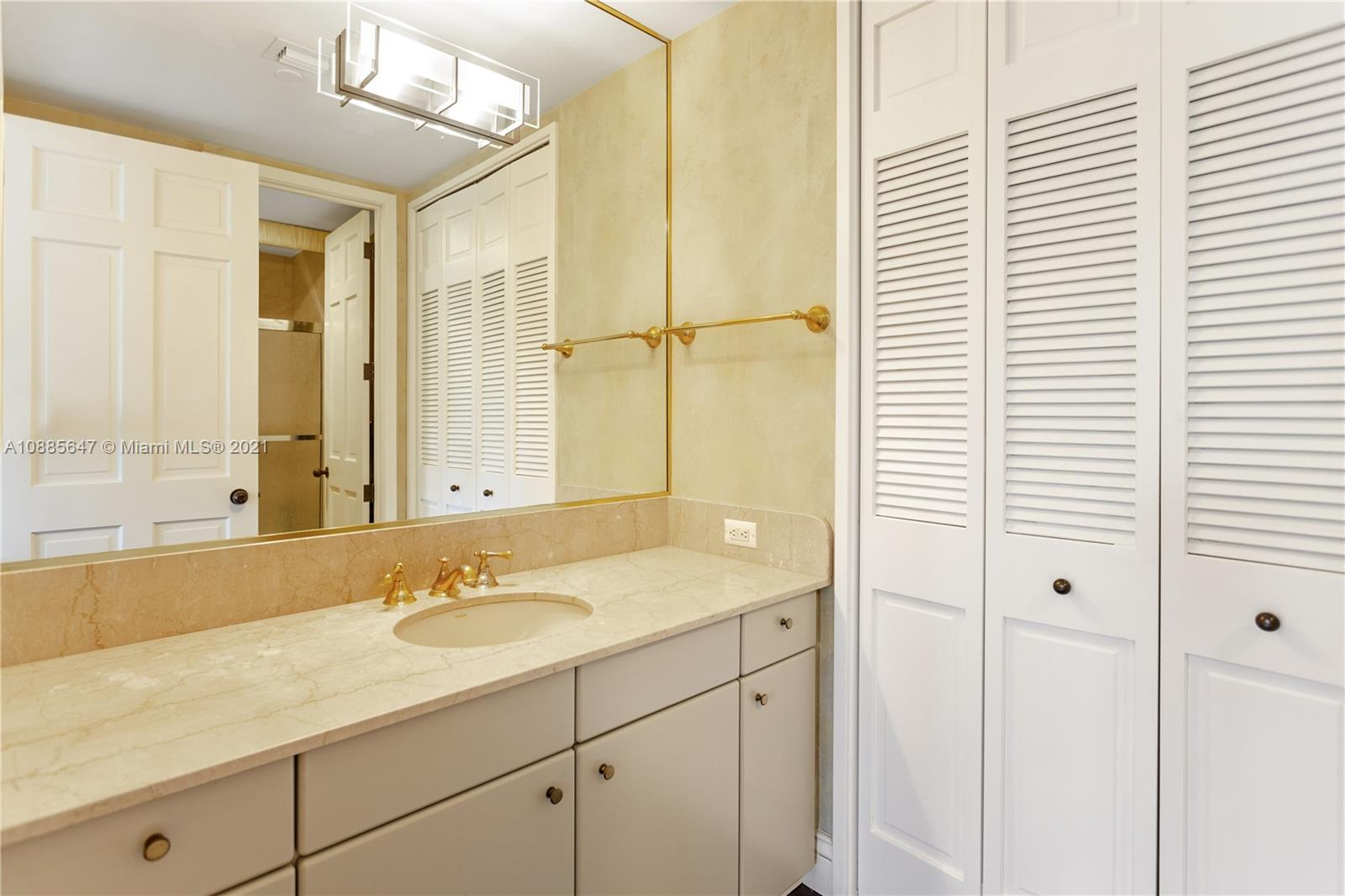 5322 Fisher Island Dr #5322 photo034