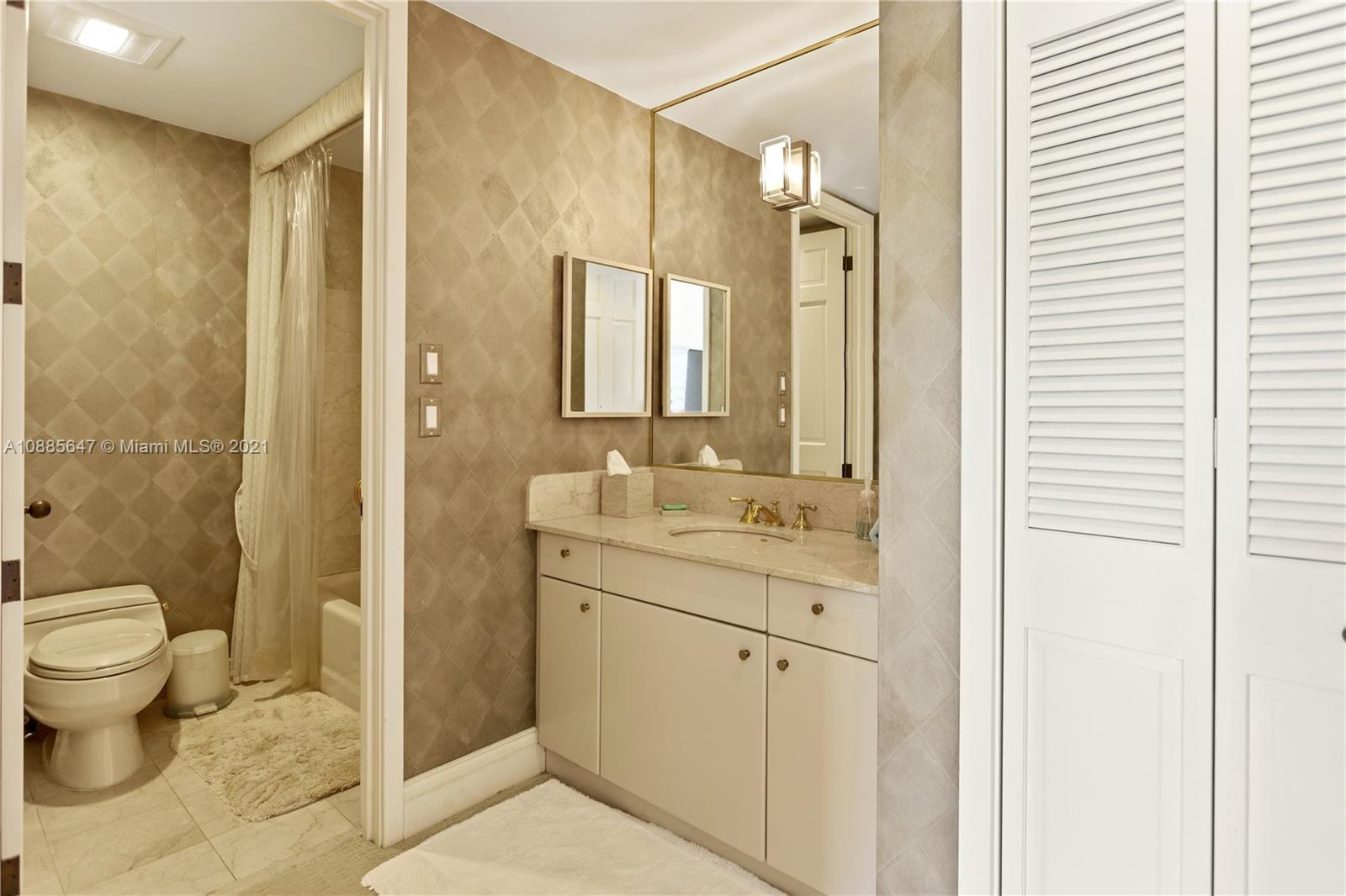 5322 Fisher Island Dr #5322 photo037