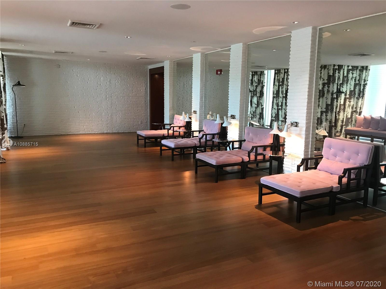 Photo of 2627 S Bayshore Dr #2006 listing for Sale