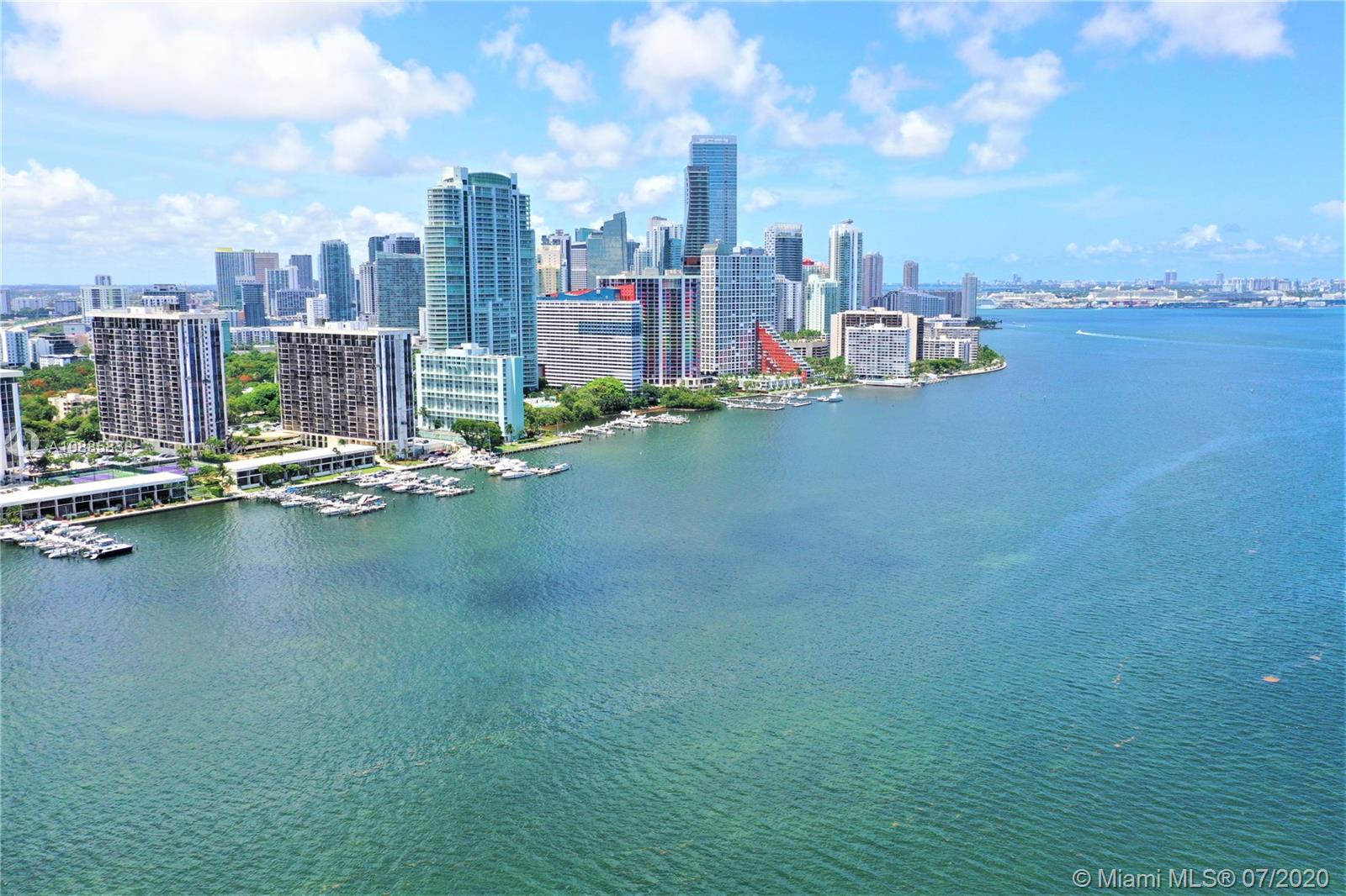 Photo of 2101 Brickell Ave #2705 listing for Sale