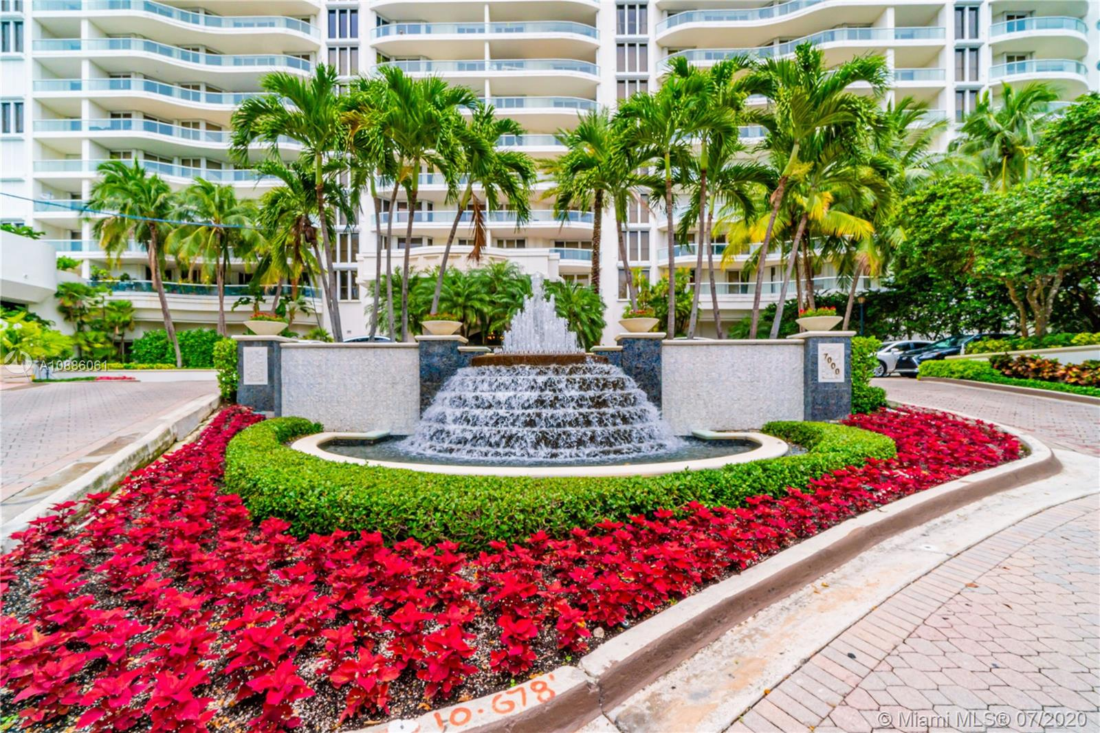 Photo of 7000 Island Blvd #PH-04 listing for Sale