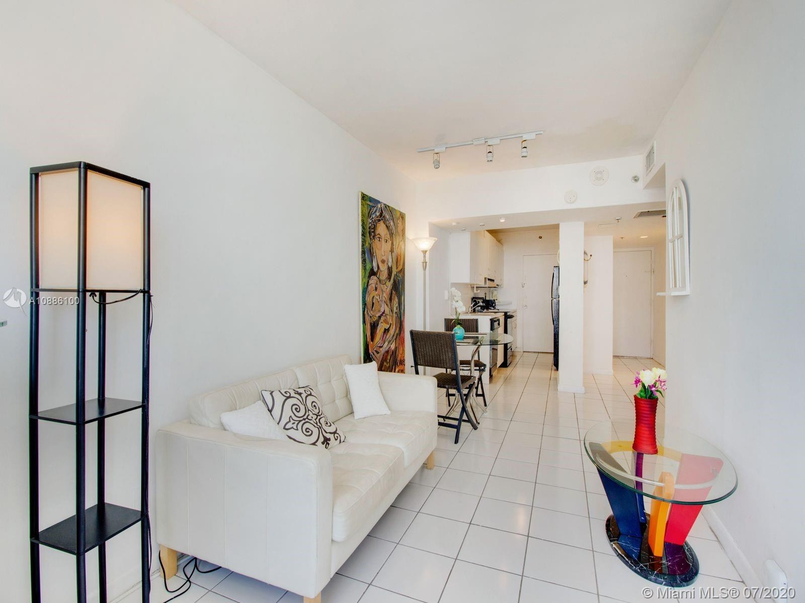 100 Lincoln Rd # 539, Miami Beach, Florida 33139, 1 Bedroom Bedrooms, ,1 BathroomBathrooms,Residential,For Sale,100 Lincoln Rd # 539,A10886100