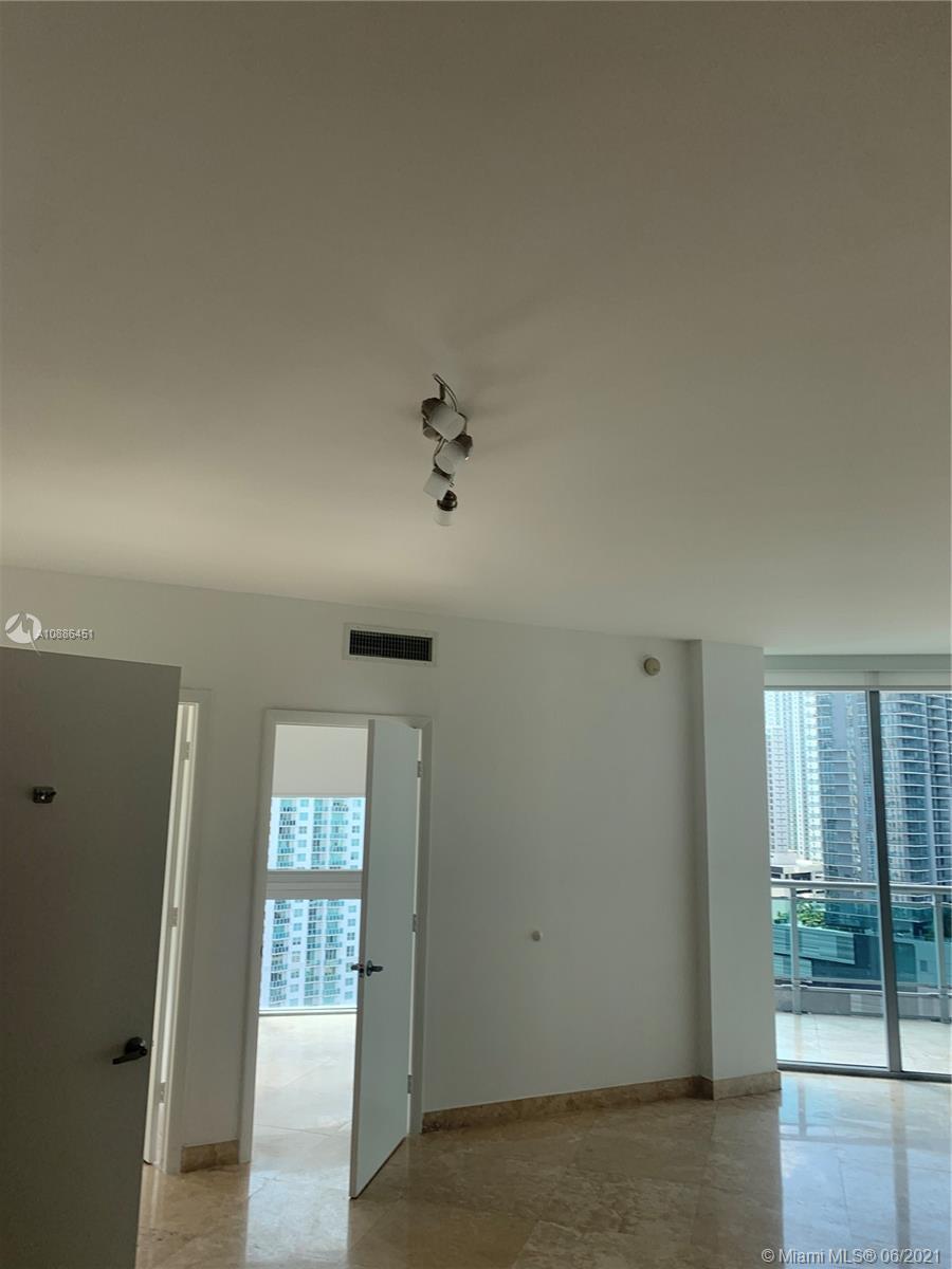 350 S Miami Ave #2302 photo011