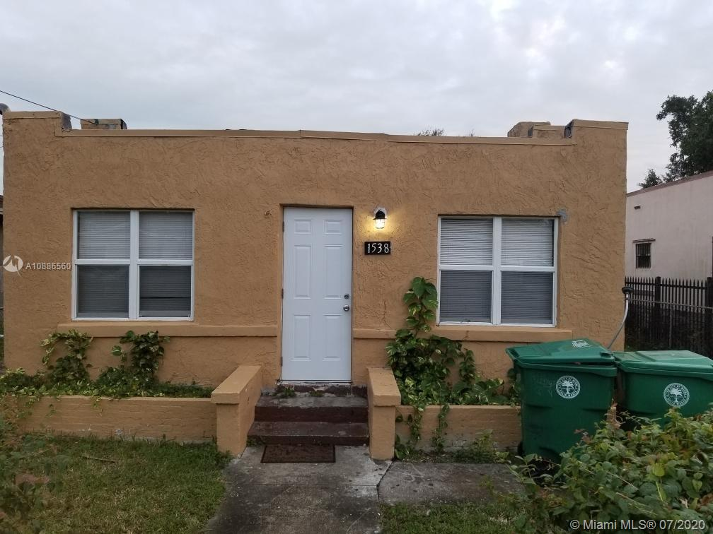 1538 NW 34 ST. photo01