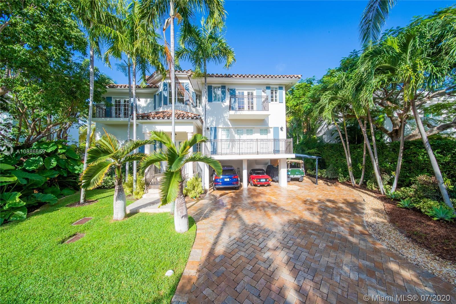 Tropical Isle Homes - 420 Palmwood Ln, Key Biscayne, FL 33149