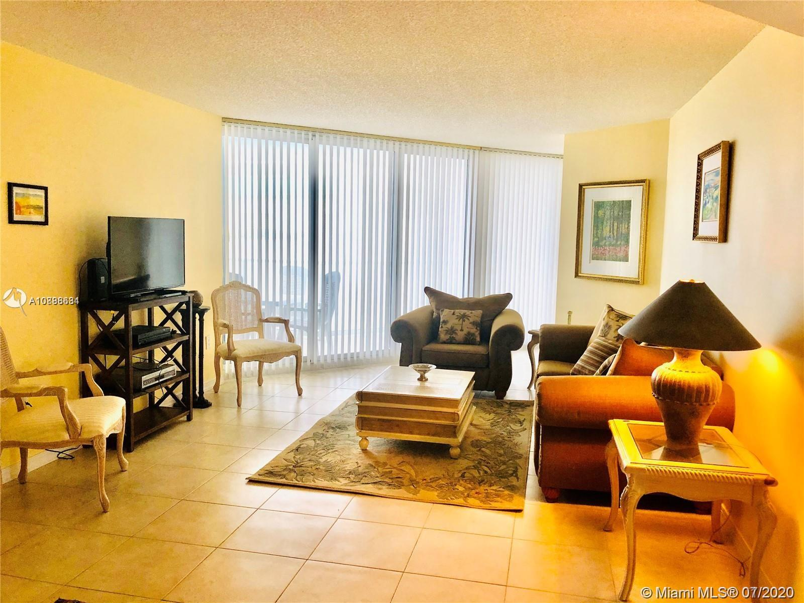 16445 Collins Ave #428 photo02
