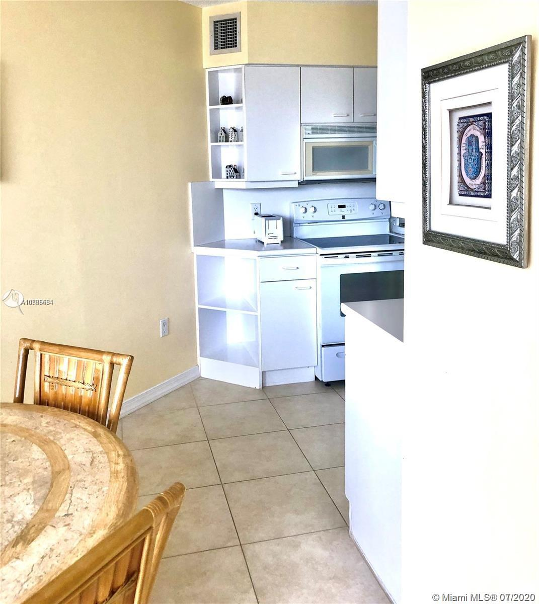 16445 Collins Ave #428 photo021