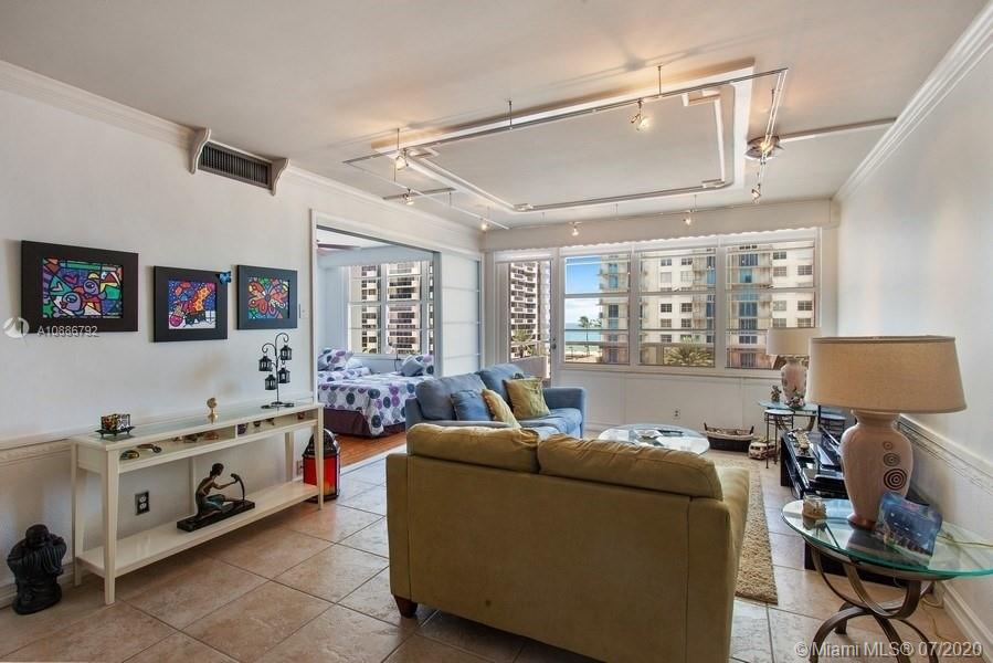 5700 Collins Ave #6D photo02