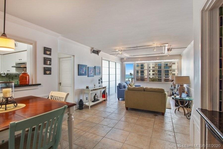 5700 Collins Ave #6D photo03