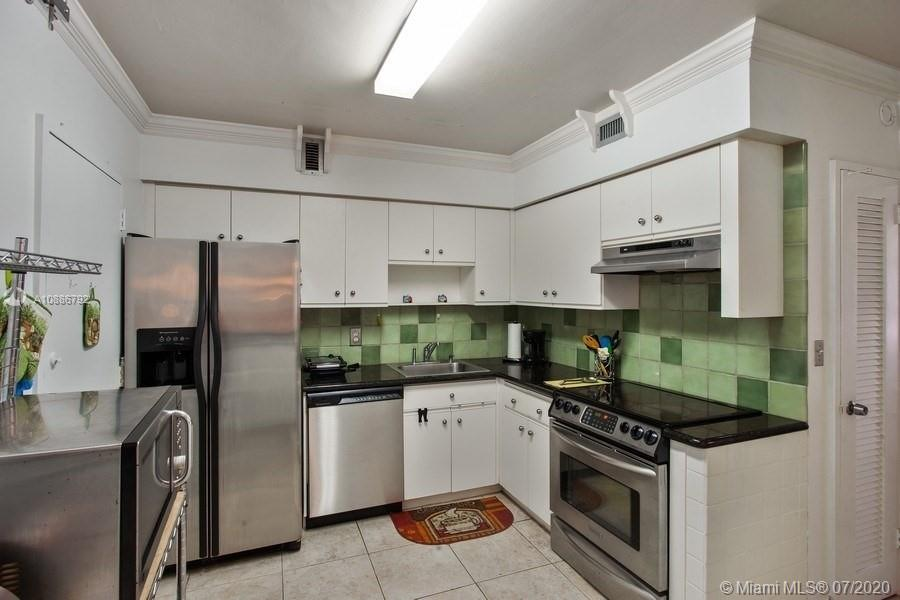 5700 Collins Ave #6D photo08