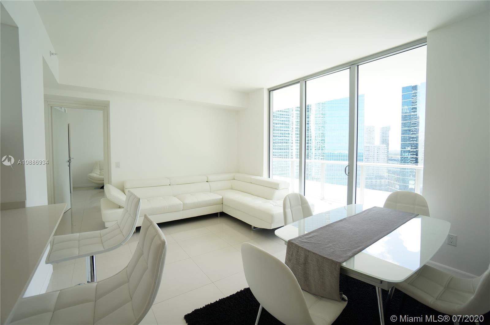 1300 Brickell Bay Dr #2401 photo013
