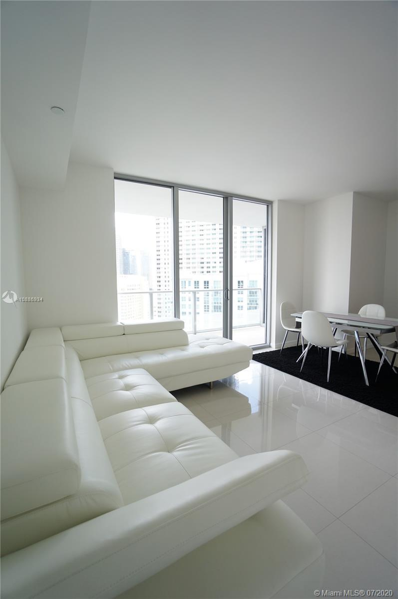 1300 Brickell Bay Dr #2401 photo016