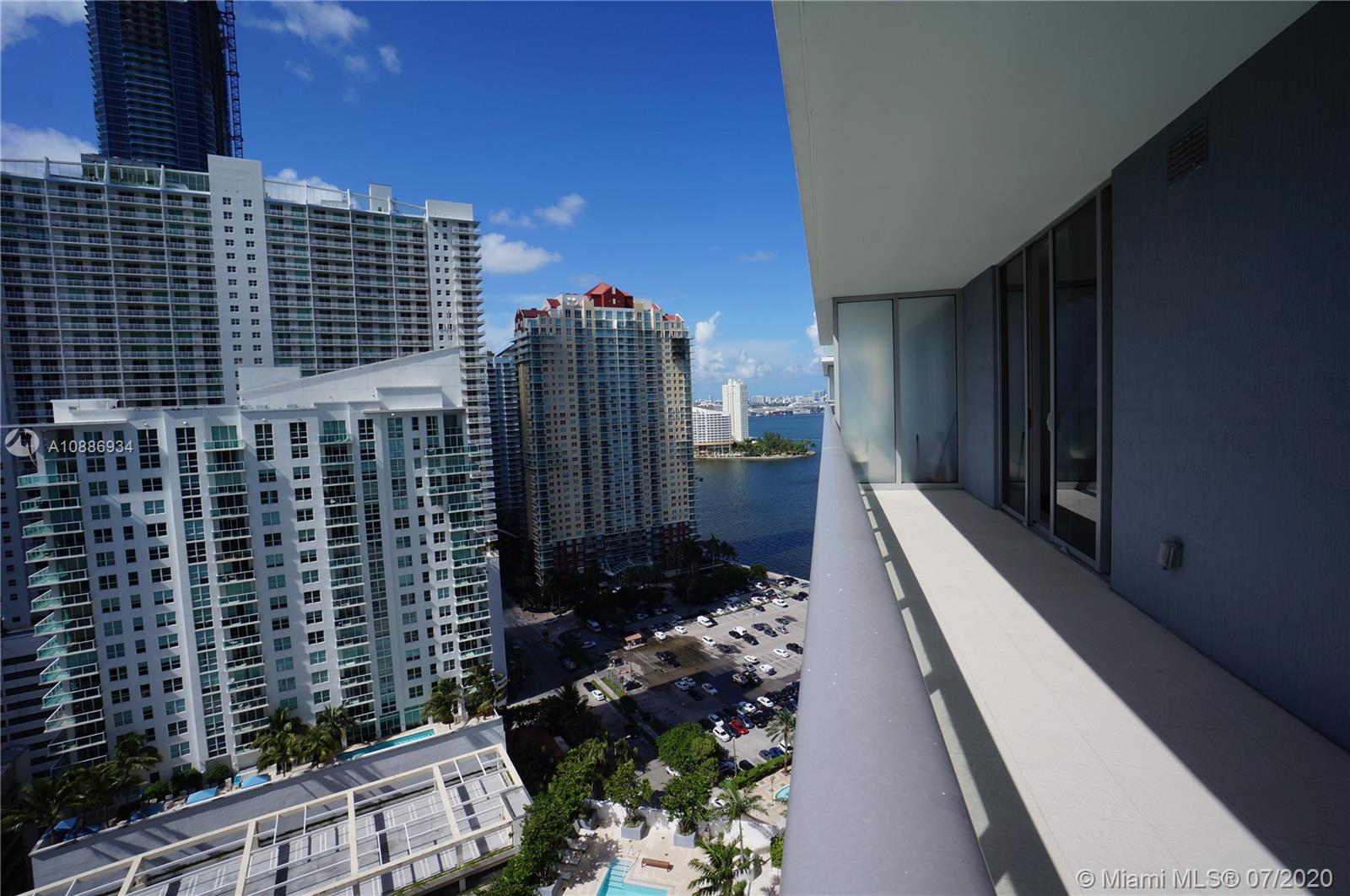 1300 Brickell Bay Dr #2401 photo019