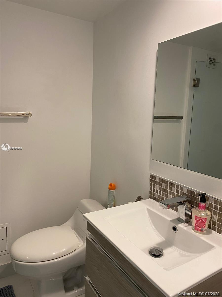 5600 Collins Ave #7-V photo08