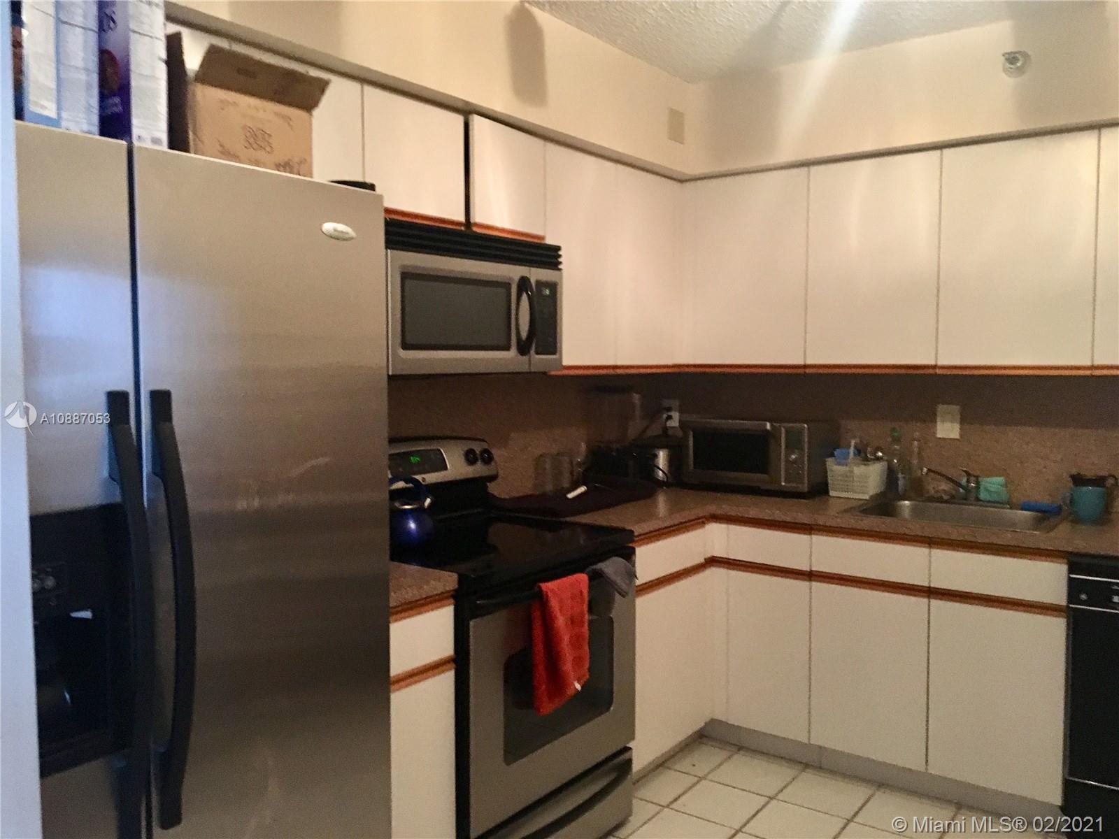 Photo of 3530 Mystic Pointe Dr #2703 listing for Sale