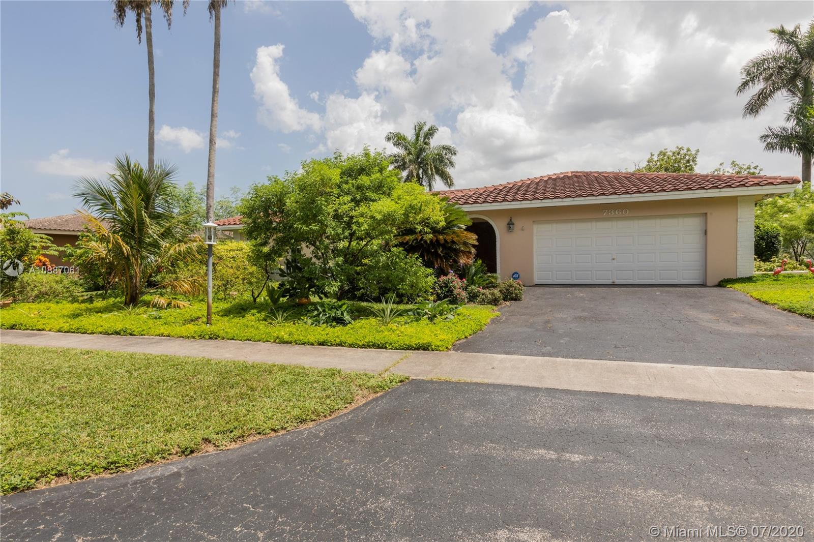 Property for sale at 7360 SW 10th St, Plantation,  Florida 33317