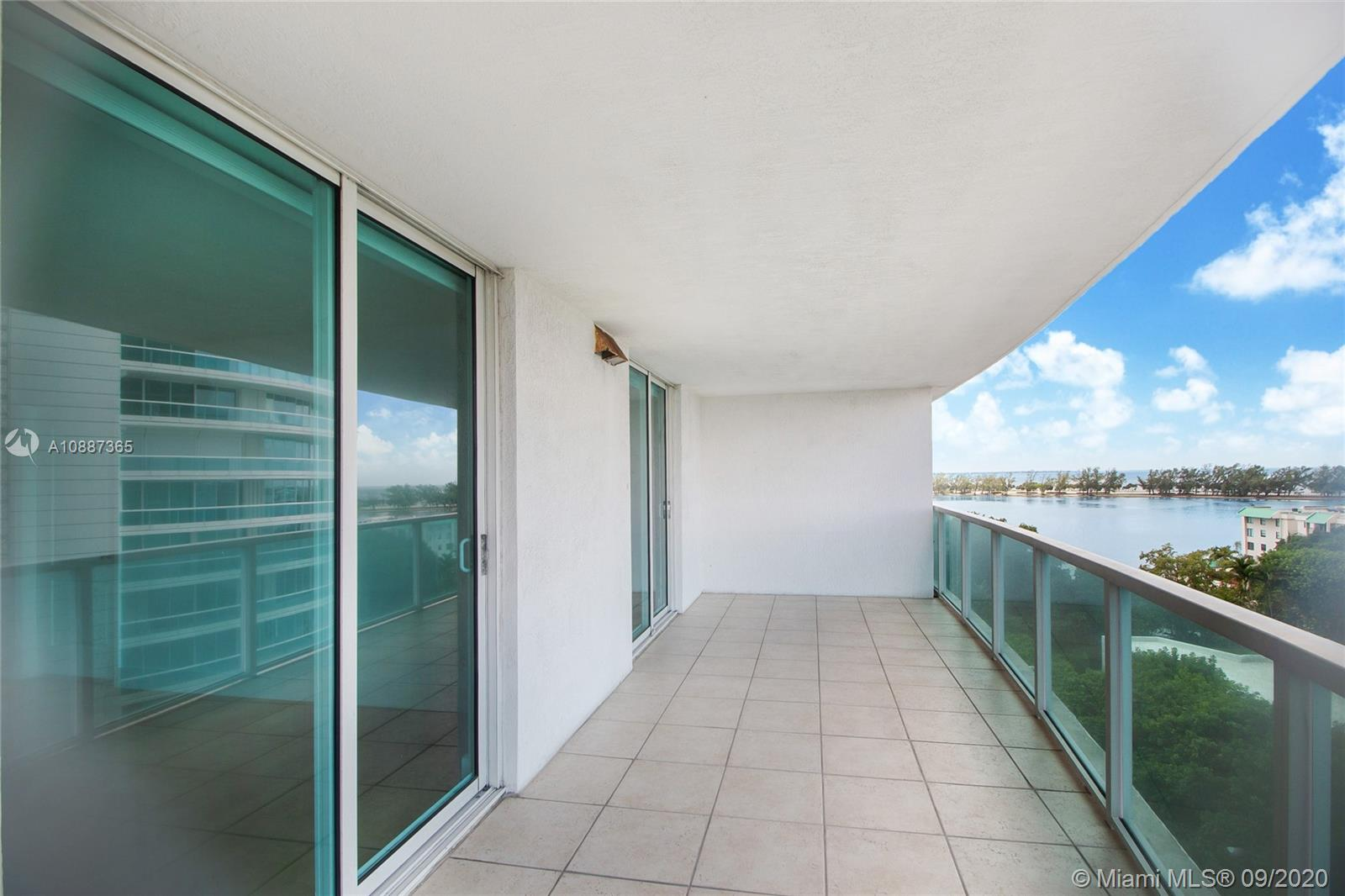 2101 Brickell Ave #510 photo024