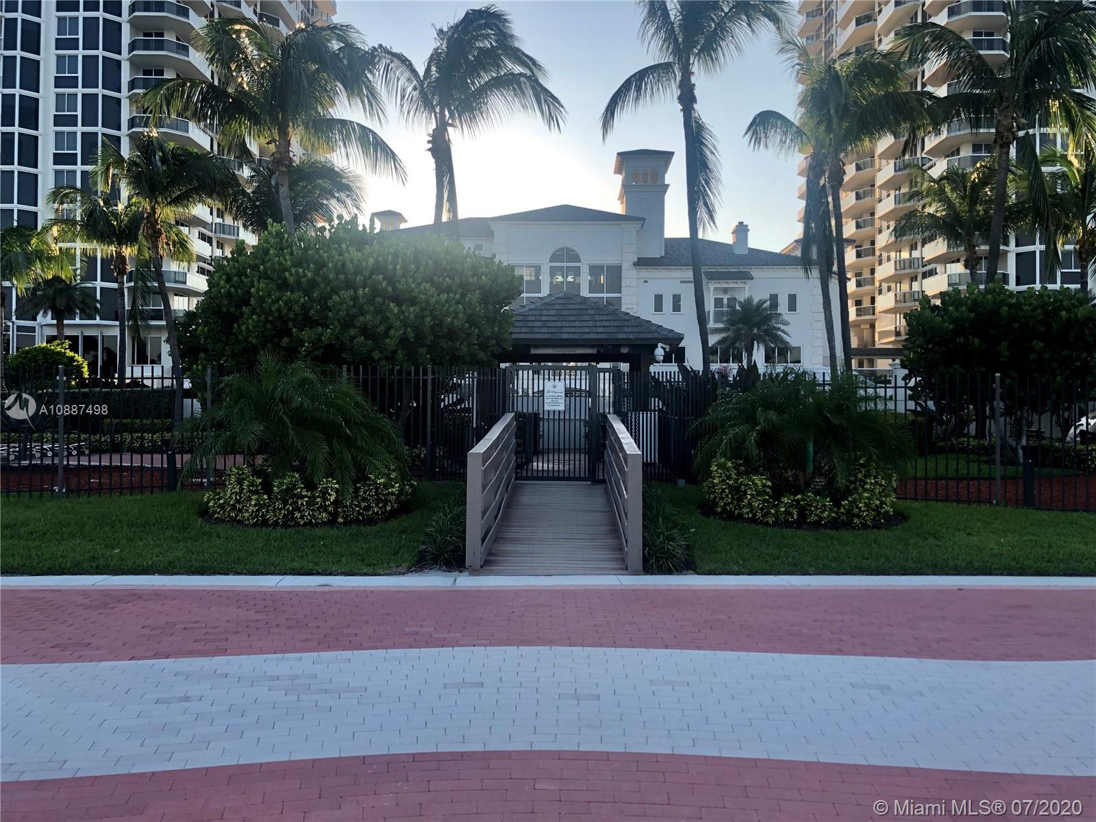4779 Collins Ave #PH4306 photo042
