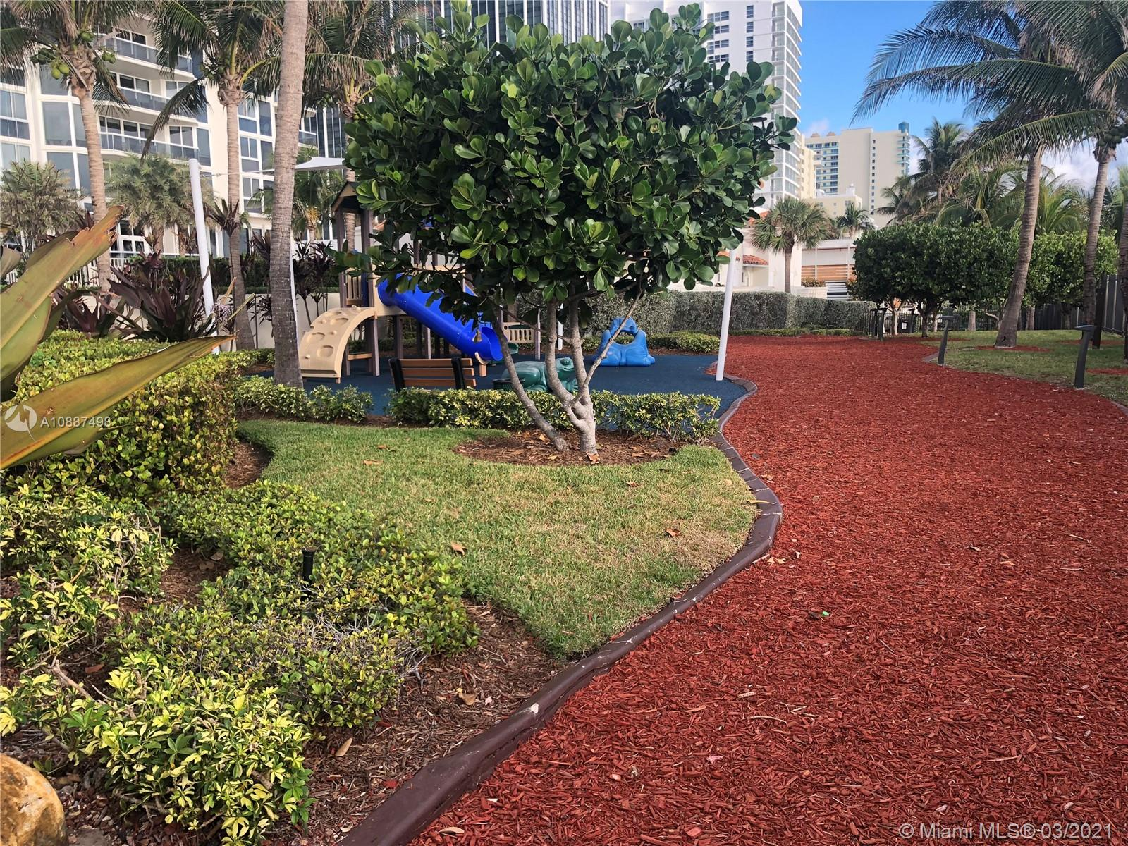 4779 Collins Ave #PH4306 photo044