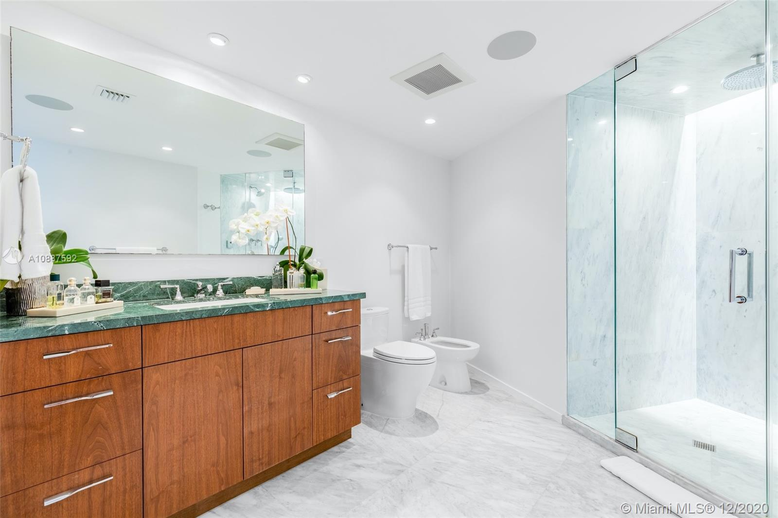 5660 Collins Ave #20A photo015