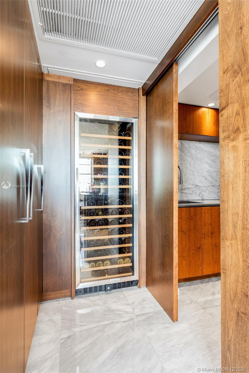 5660 Collins Ave #20A photo08