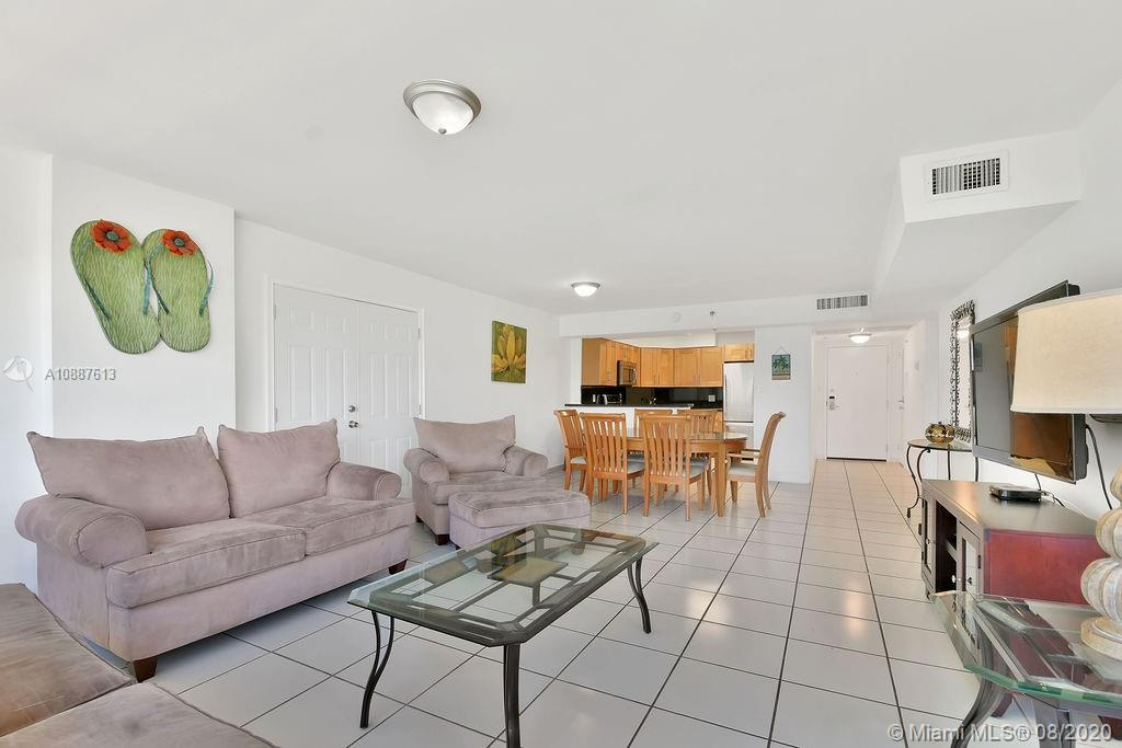 5225 Collins Ave #420 photo024