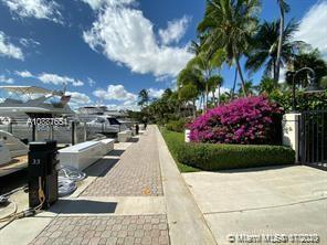 3610 Yacht Club Dr #512 photo012