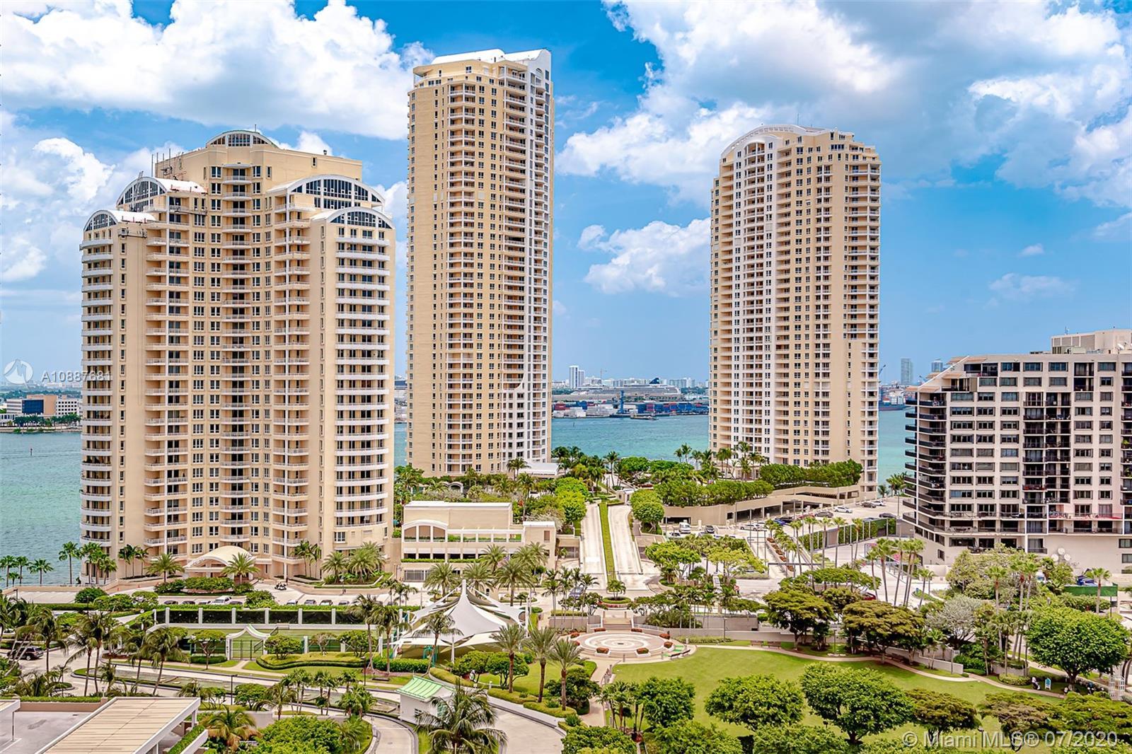 Courvoisier Courts #1704 - 701 Brickell Key Blvd #1704, Miami, FL 33131