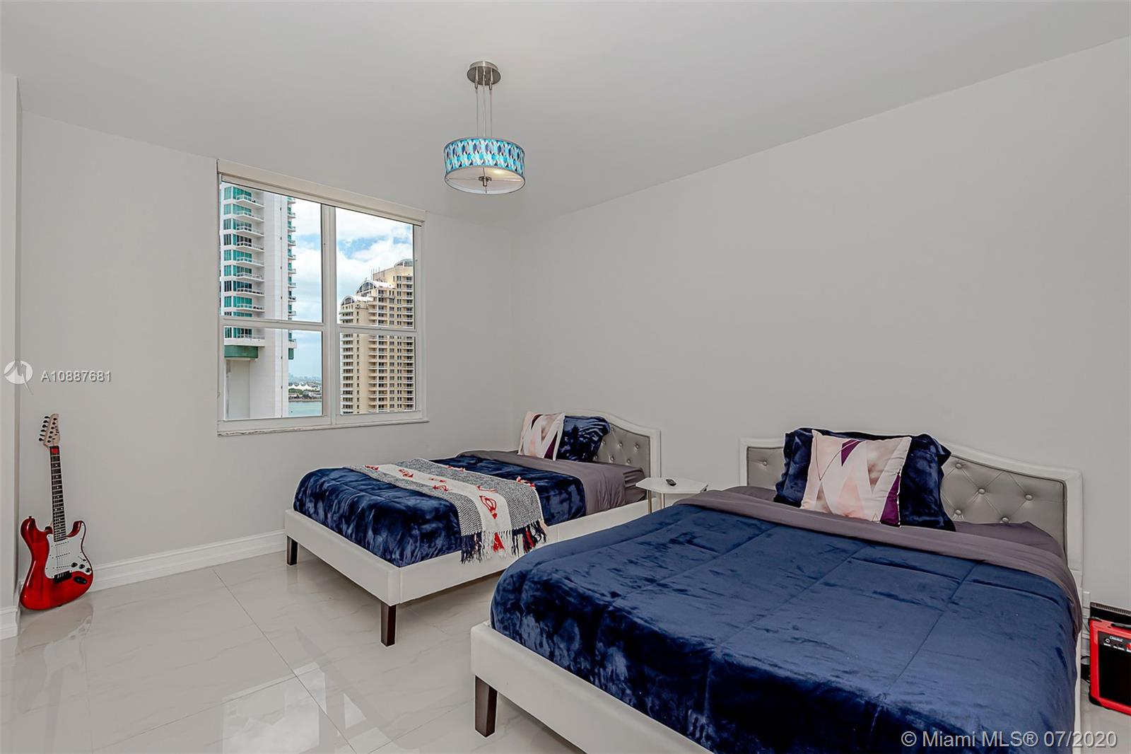 701 Brickell Key Blvd #1704 photo020