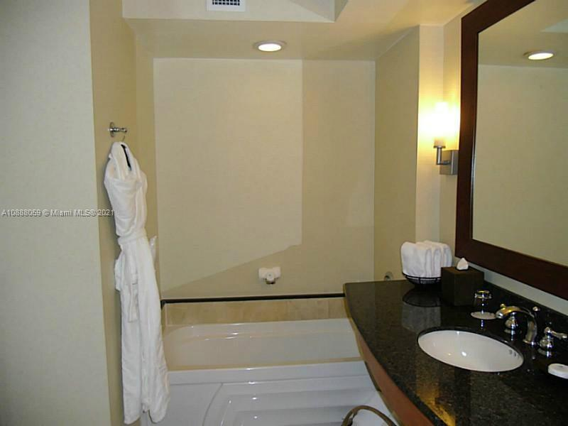 18001 Collins Ave #1216 photo011