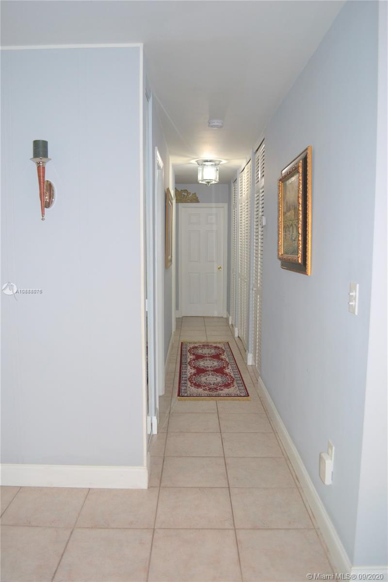 10842 SW 61st Ter photo013