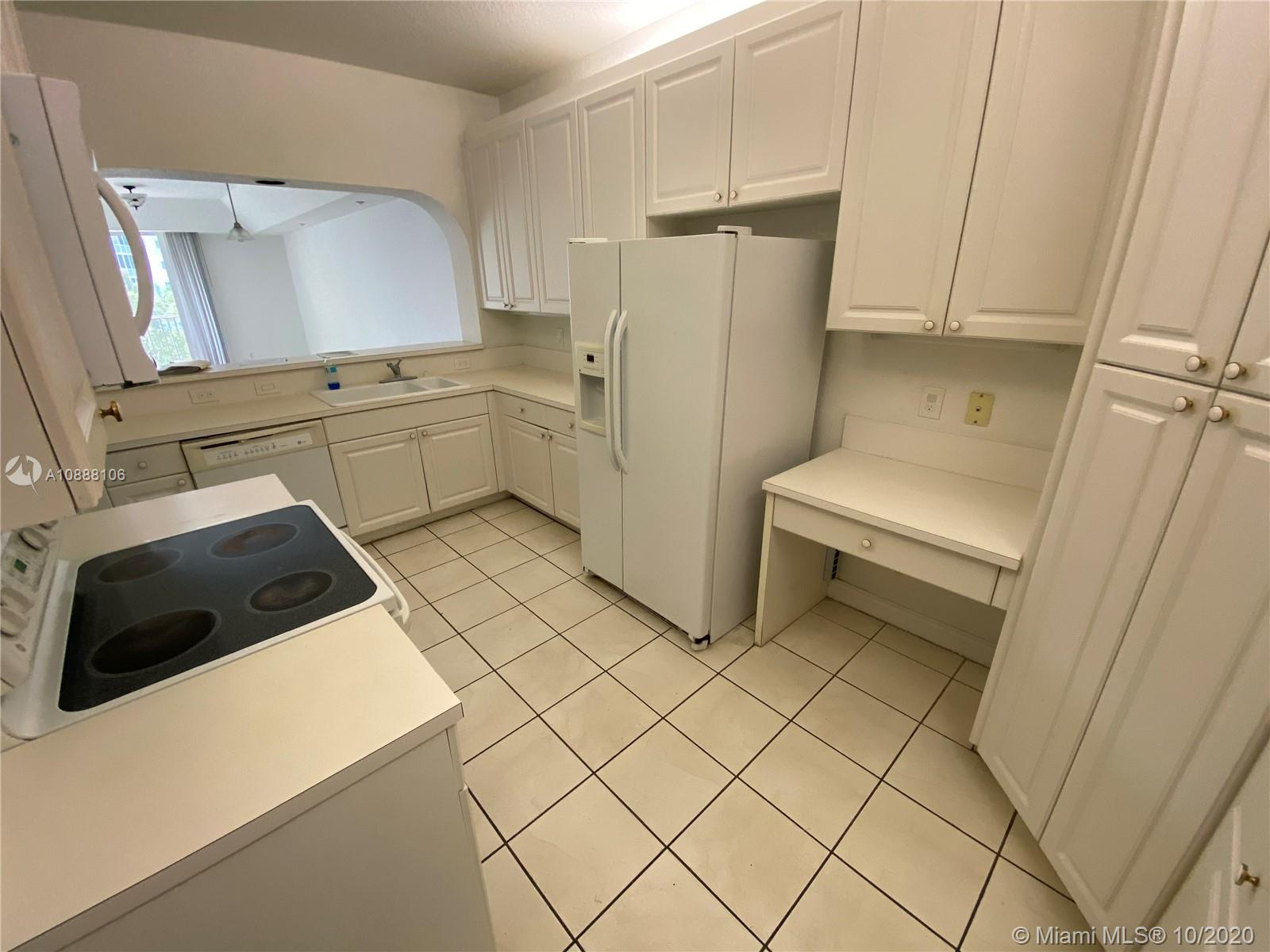 10710 NW 66th St #310 photo06