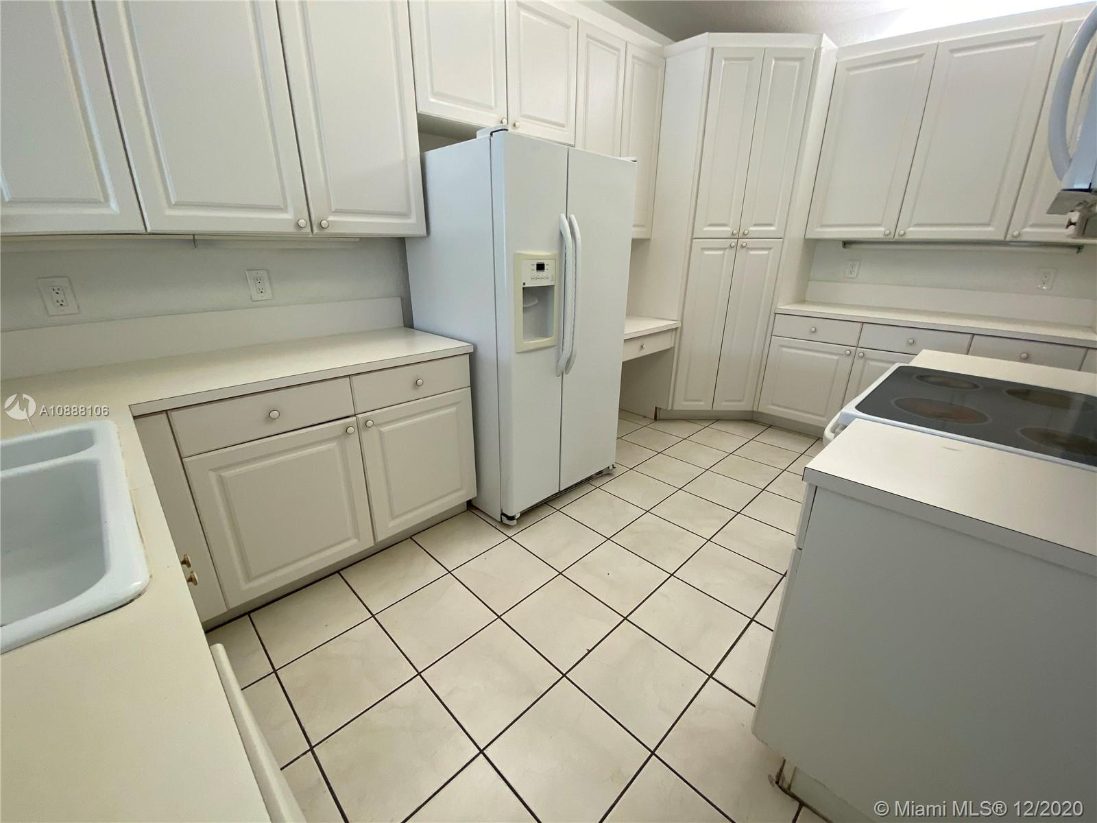 10710 NW 66th St #310 photo08