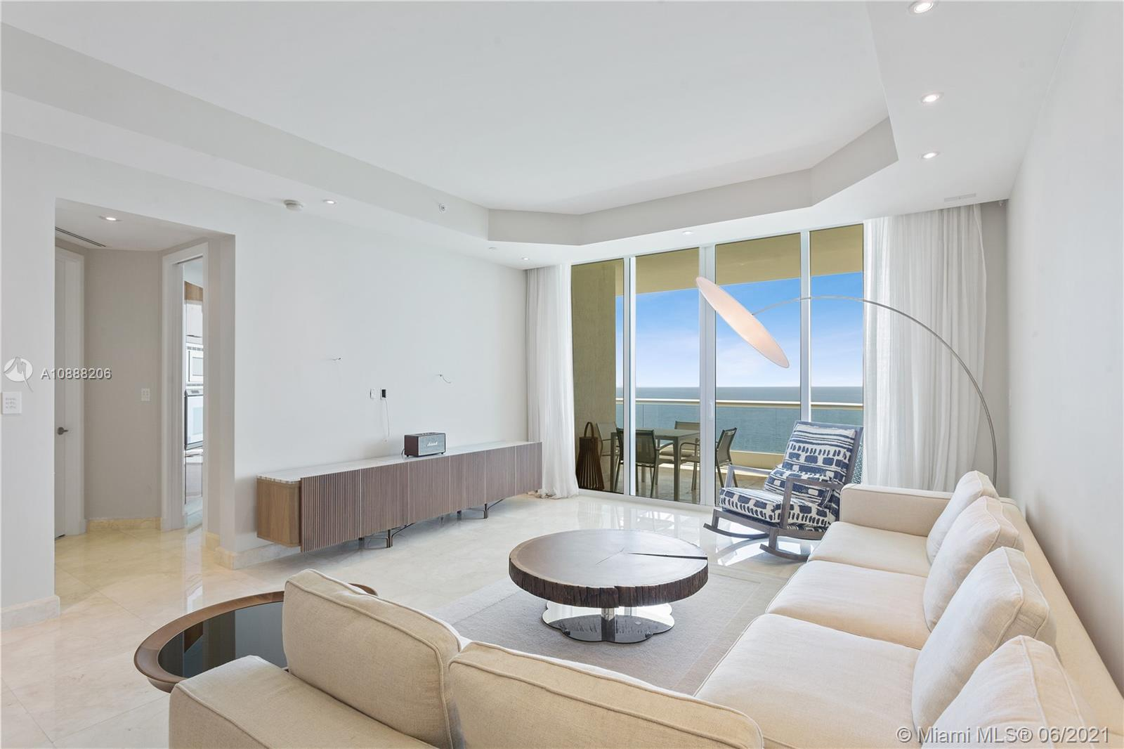Turnberry Ocean Colony North #2202 - 16047 Collins Ave #2202, Sunny Isles Beach, FL 33160