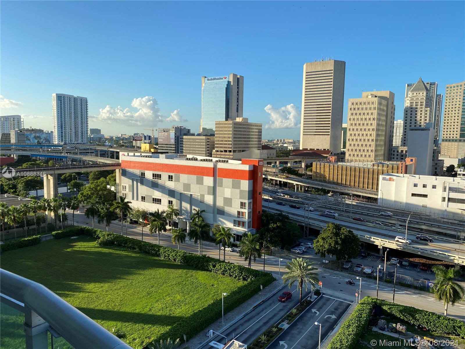350 S Miami Ave #1213 photo032