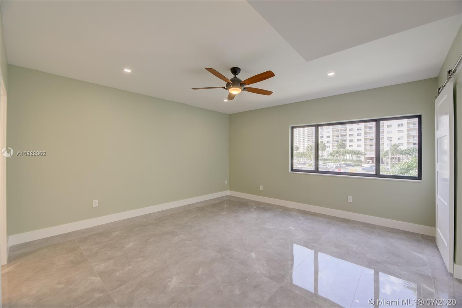 422 SE Poinciana Dr #1711 photo033