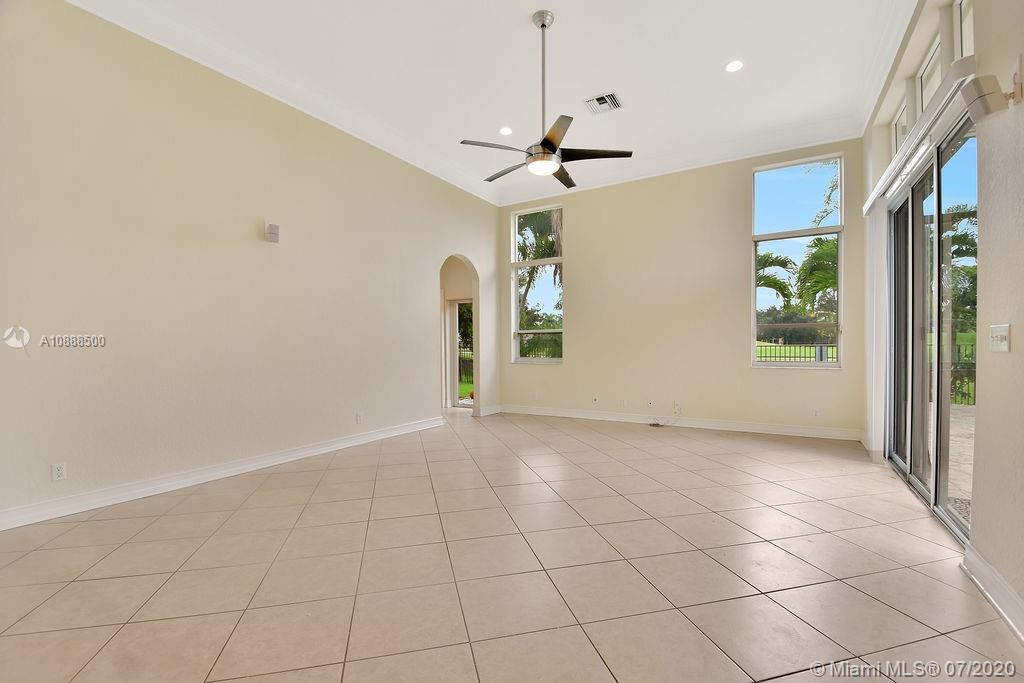 2528 Golf View Dr photo030