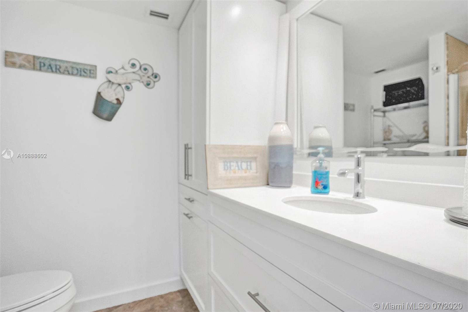 5701 Collins Ave #1409 photo05