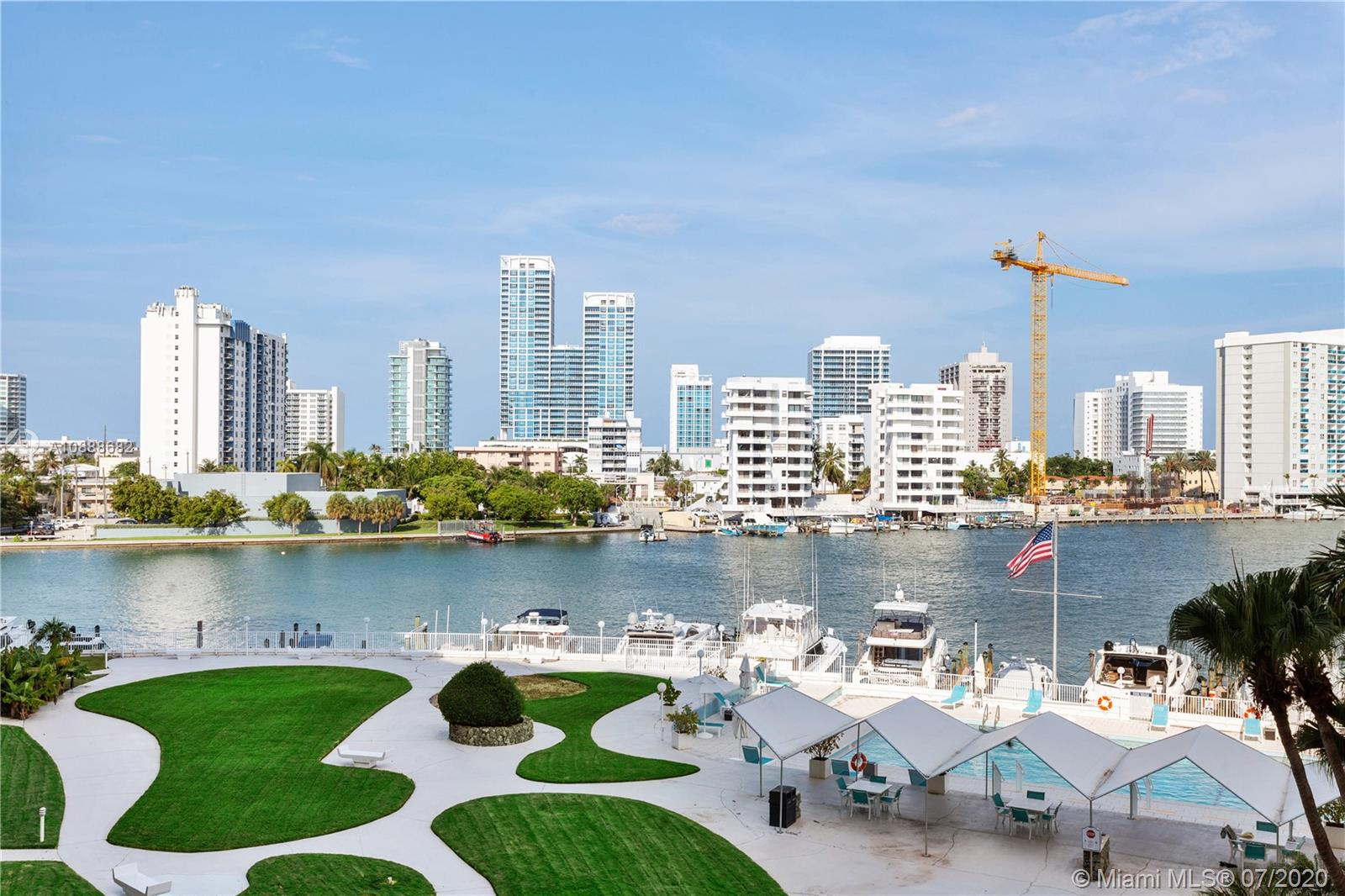 King Cole #414 - 900 Bay Dr #414, Miami Beach, FL 33141