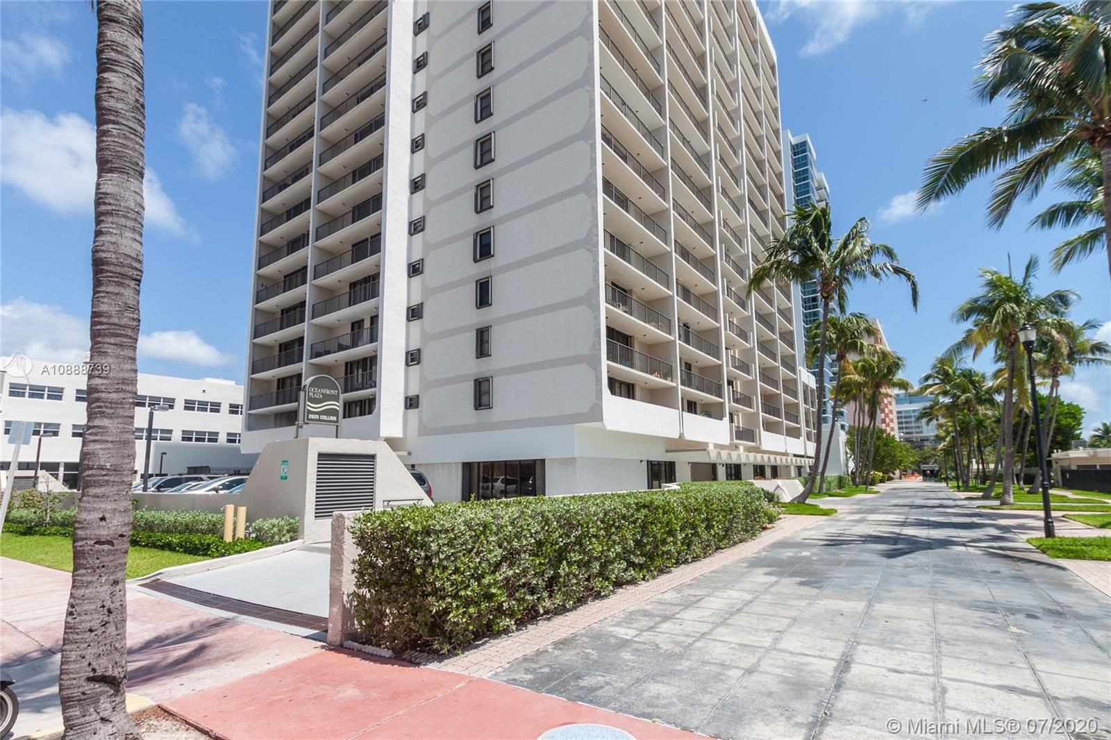 2625 Collins Ave #1104 photo014