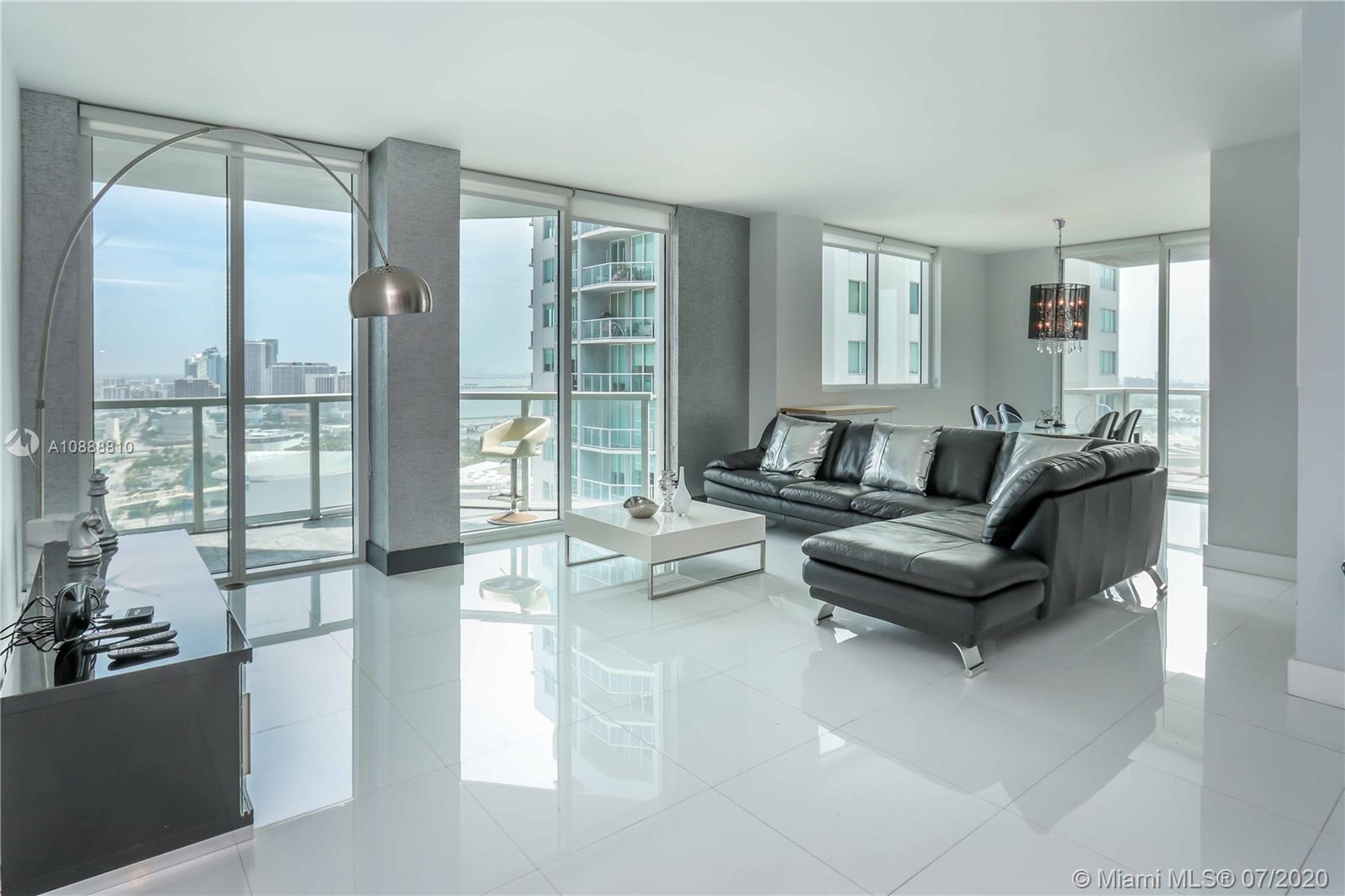 Photo of Vizcayne South Condo Apt 3303 that clicks through to the property detail page
