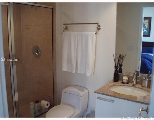 17201 Collins Ave #1009 photo07
