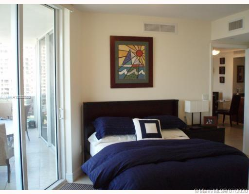 17201 Collins Ave #1009 photo010
