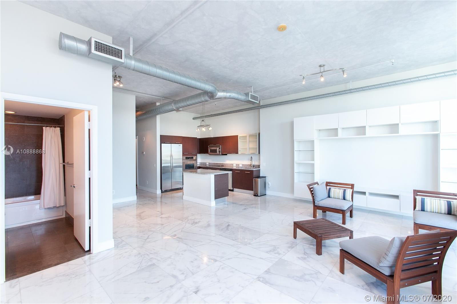 Photo of 3029 NE 188th St #803 listing for Sale