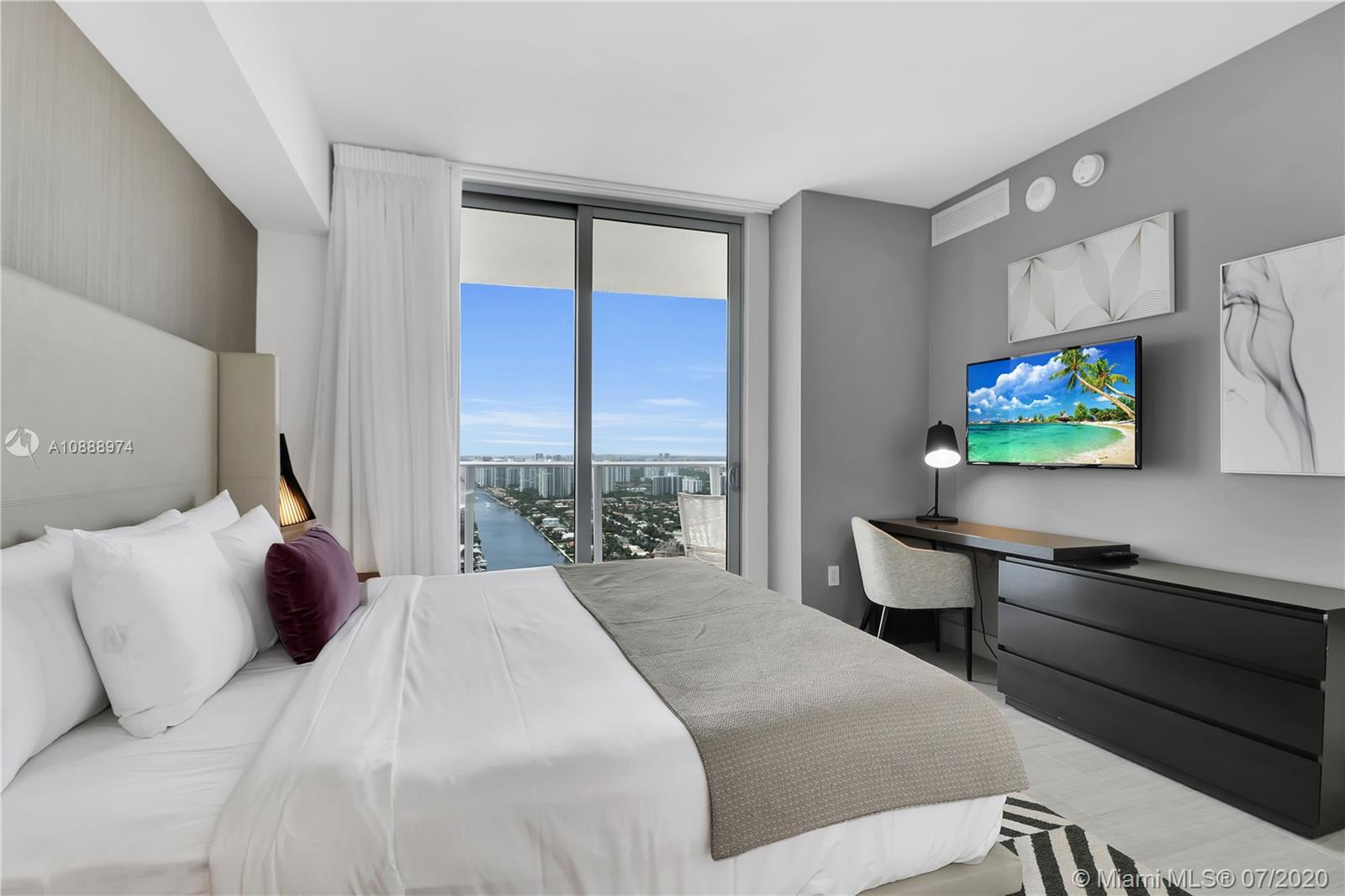 Photo of 4010 S Ocean Dr #T3808 listing for Sale