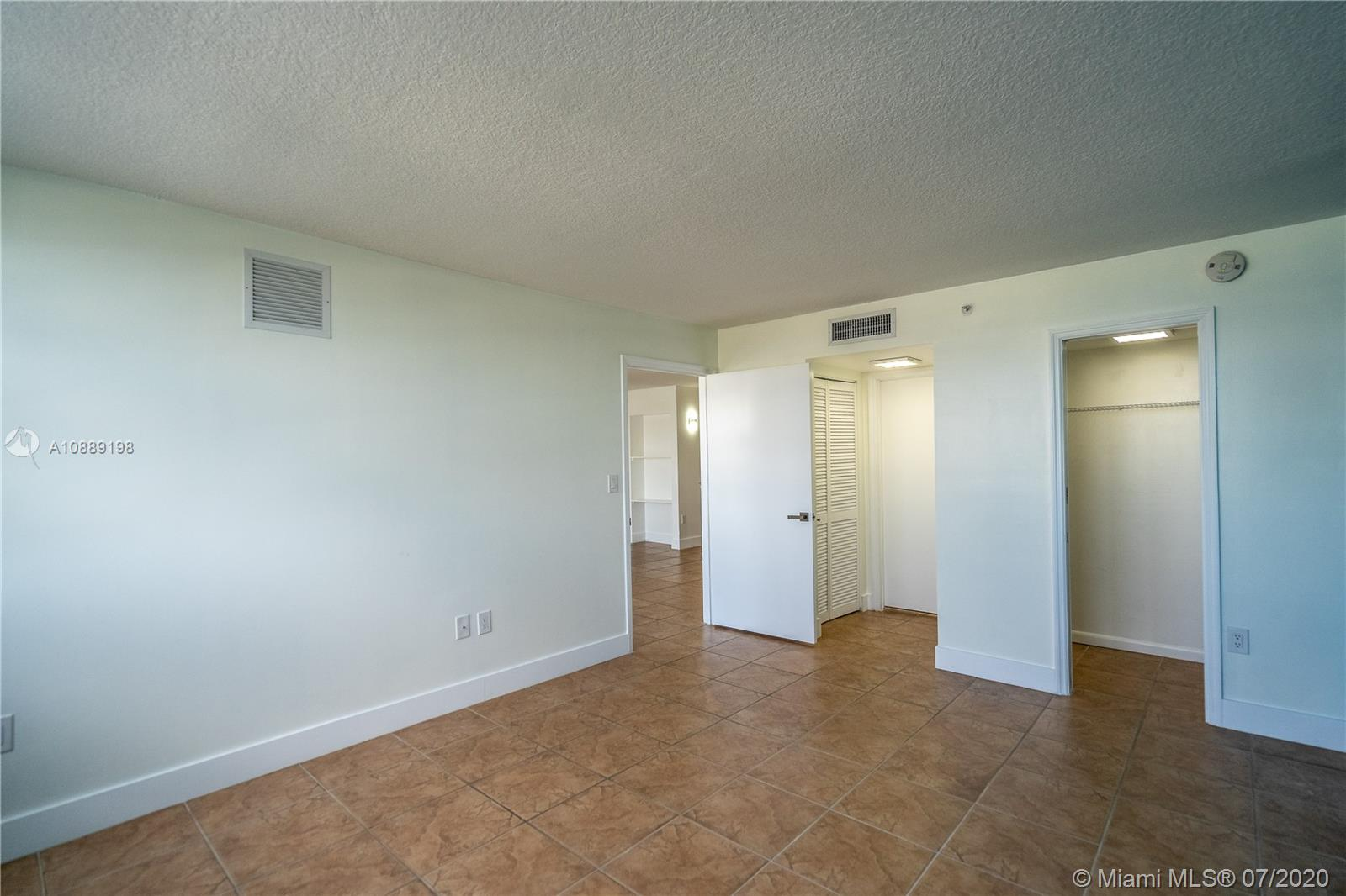 6917 Collins Ave #620 photo023