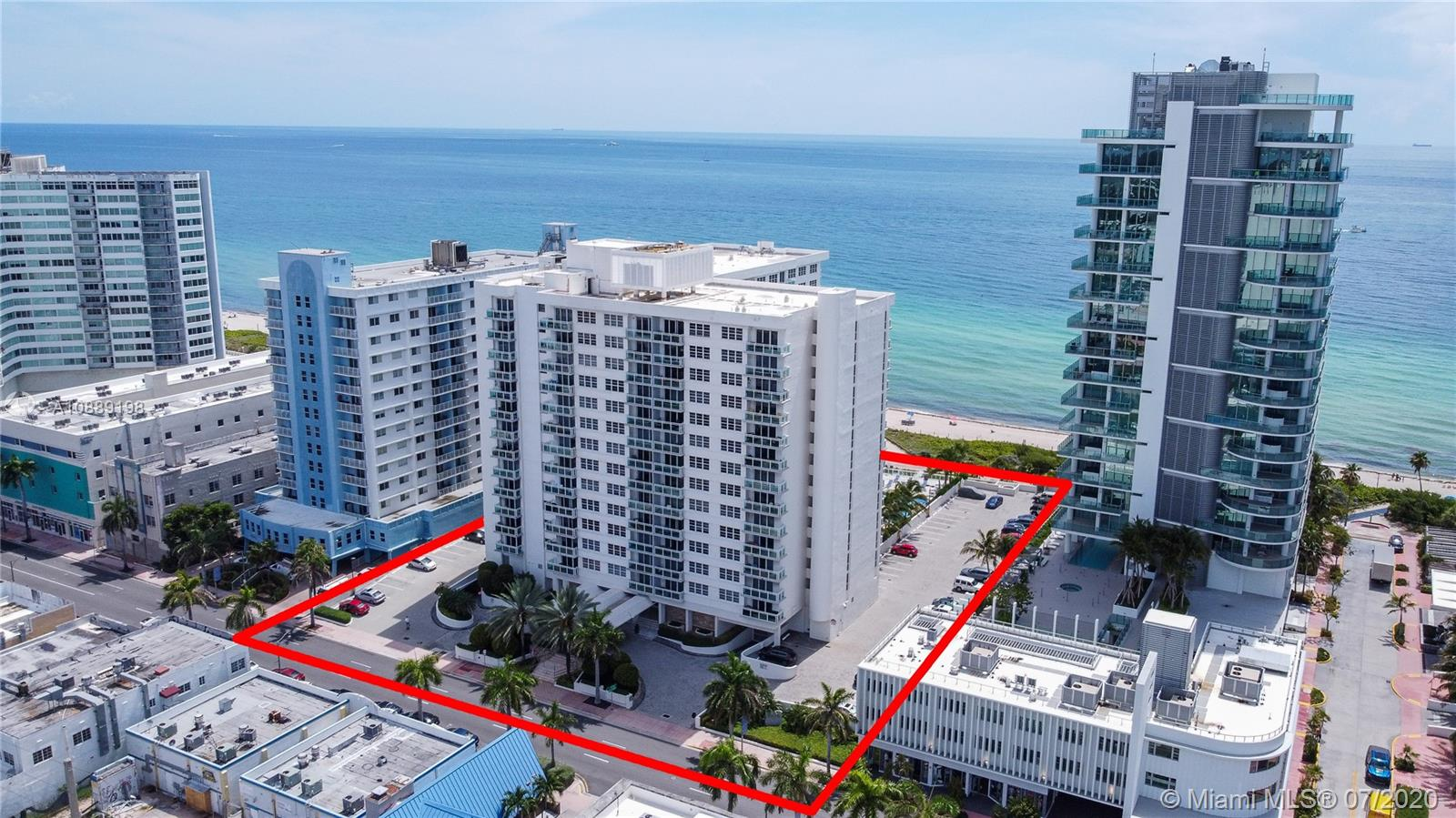6917 Collins Ave #620 photo02