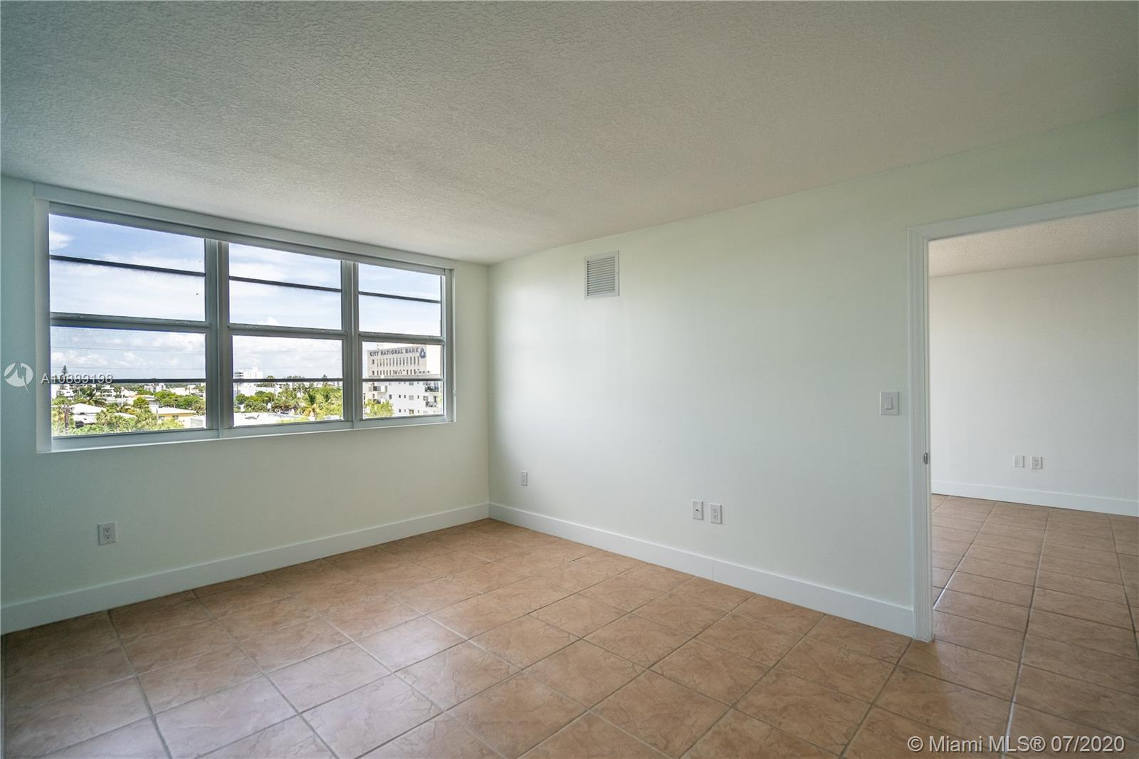 6917 Collins Ave #620 photo022