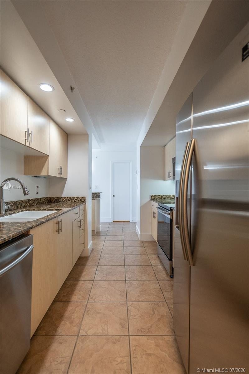 6917 Collins Ave #620 photo09