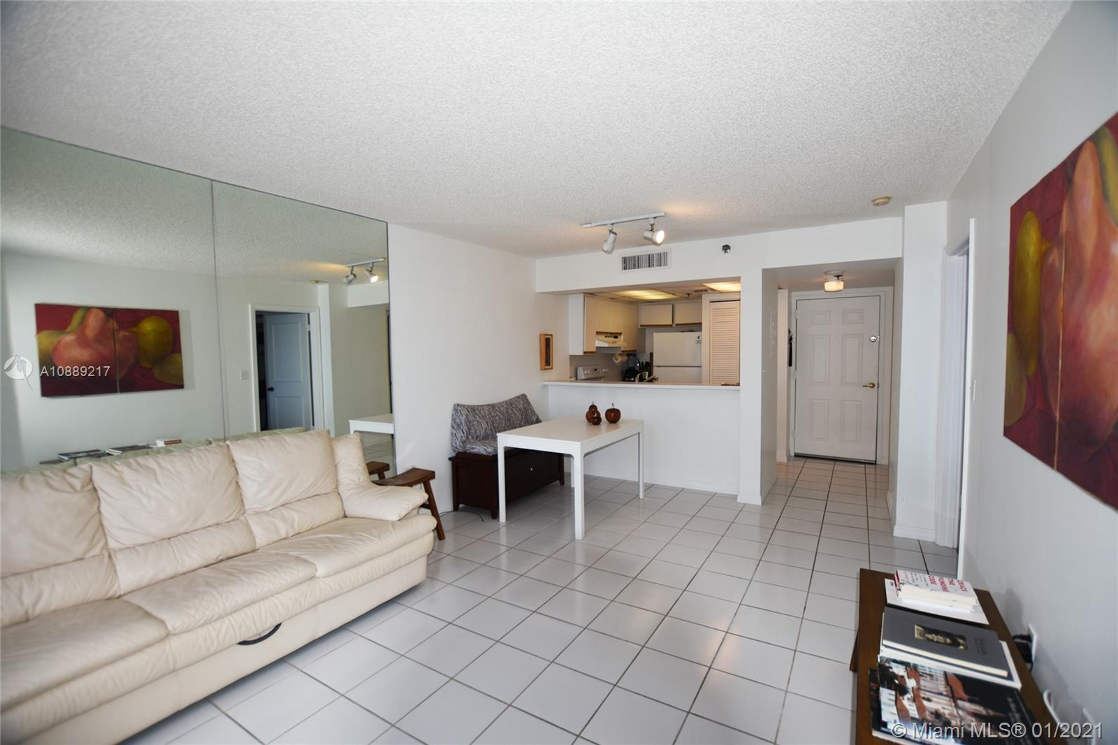 540 Brickell Key Dr #1025 photo06